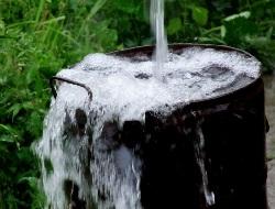 на колько метров следует бурить скважину на воду в районе Тобольска