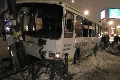 Страшная авария в центре Тюмени