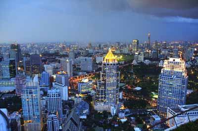 Армия Таиланда во вторник, 20 мая, объявила военное положение