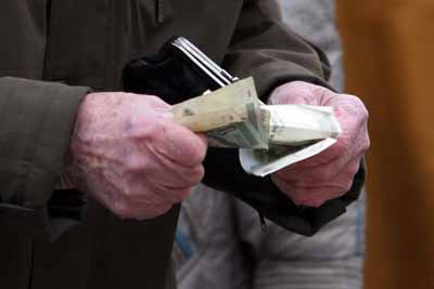 Почему бедных в России гораздо больше, чем насчитал Росстат