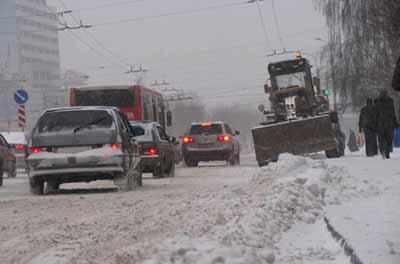 Более 300 ДТП произошло в Тюмени из-за снегопада