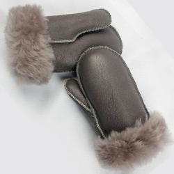 Модные детские рукавицы из натурального меха на заказ